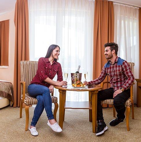 aphrodite-hotel-jakuzzis-lakosztaly-03